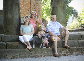 Family portrait photography in Tuscaloosa, Alabama.